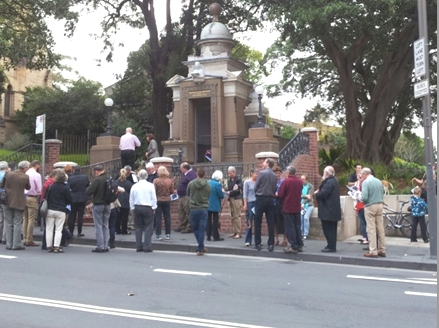People gather for the 2014 Anzac Day service at the Glebe war memorial (photo: Janice Challinor)