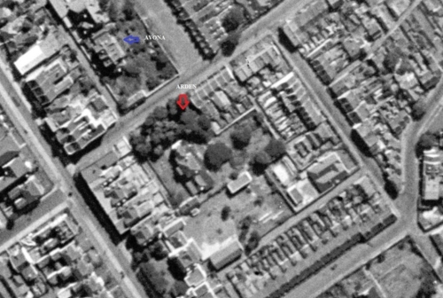 The two dwellings George Miller built in 1836-37 as they looked in an aerial photograph taken in 1943 (image: http://maps.six.nsw.gov.au/).