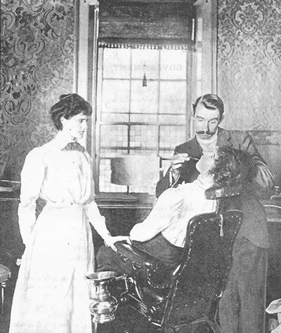 Magnus in the original four-room dental hospital ca 1902 (image: Report of United Dental Hospital 1903)