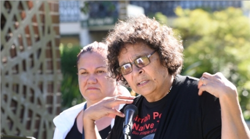 Aunty Kath Farrawell speaking at the Glebe tribute to Robyn Kemmis. Behind her is Fiona Smith, immediate past chair of Glebe NAIDOC committee (Photo: Phil Young)