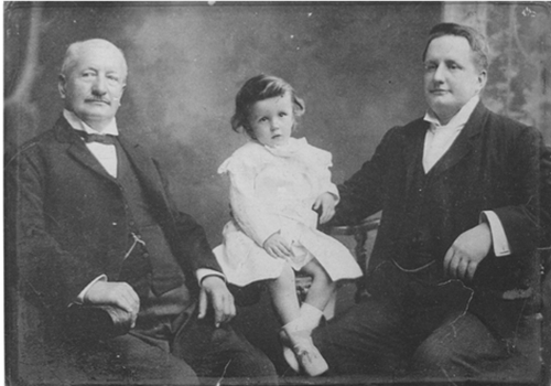 Dr Rudolph Bohrsmann (right) with his father Matthias and son Rudolph, probably early 1902
